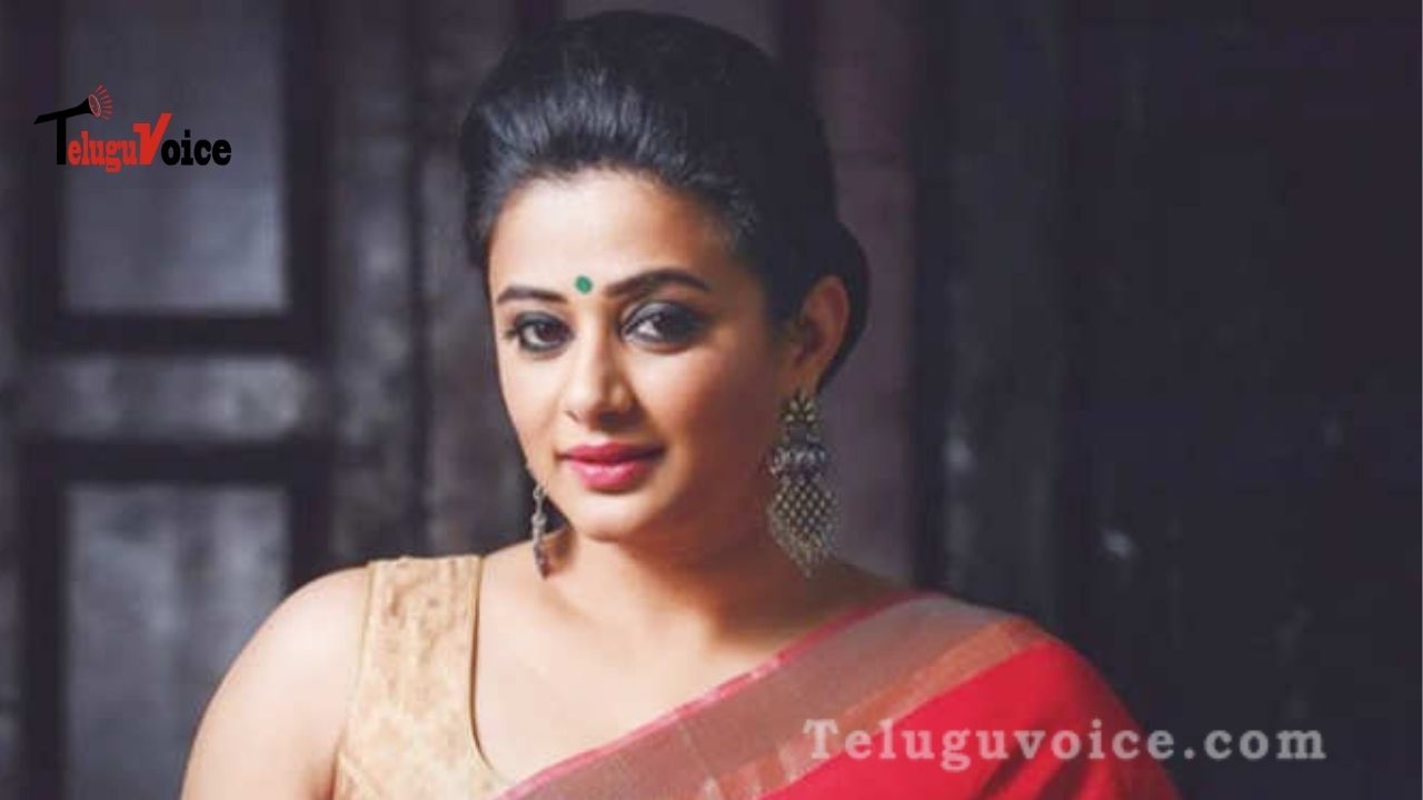 Priyamani Revealed A Secret! teluguvoice
