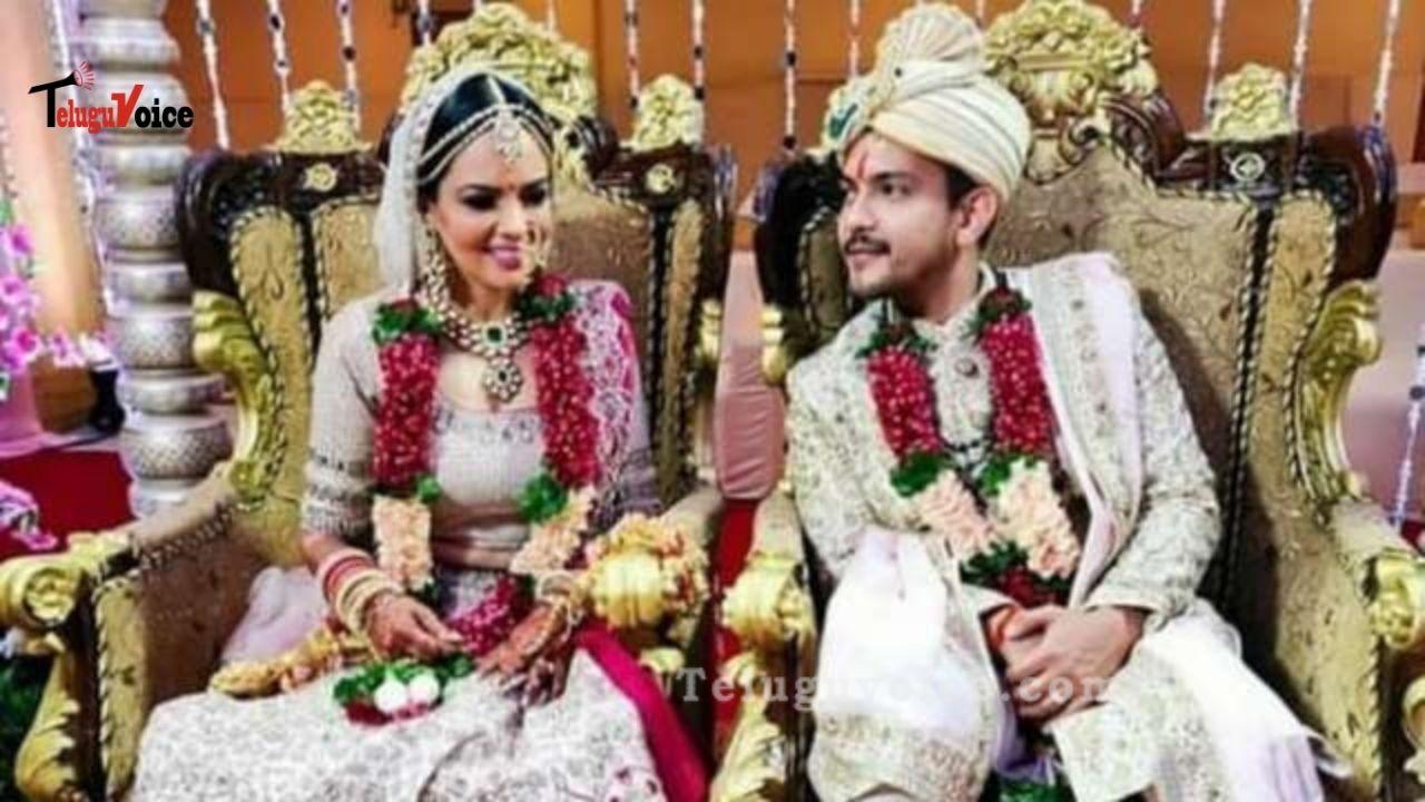 Aditya Narayan Beautiful Wedding Pics Going Viral On Social Media teluguvoice