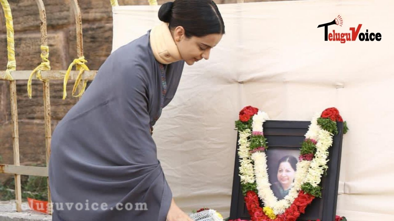 Remembering Jayalalitha On Her Death Anniversary, Kangana Shares Few Stills teluguvoice