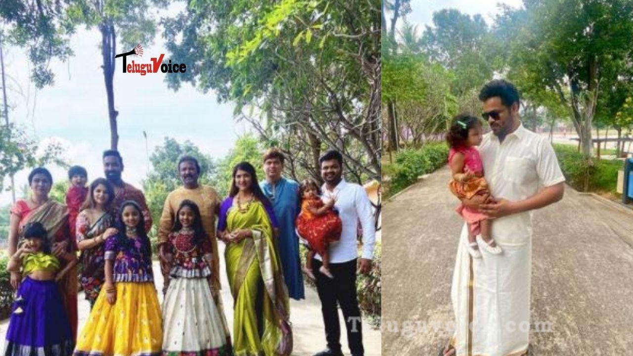Pic Talk: Manchu Family Festive Pics teluguvoice