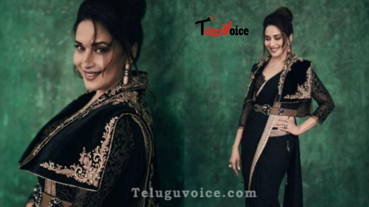 90's Actress Stunning In Black Saree teluguvoice